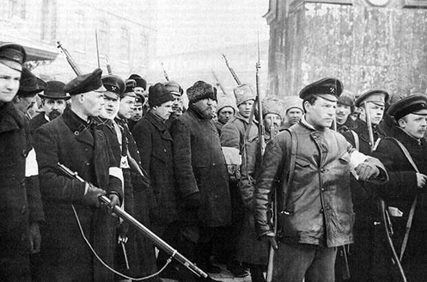 Историк назвал истинную причину революции 1917 года