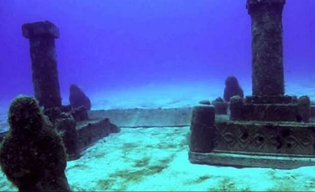 Руины древней Двараки под водой
