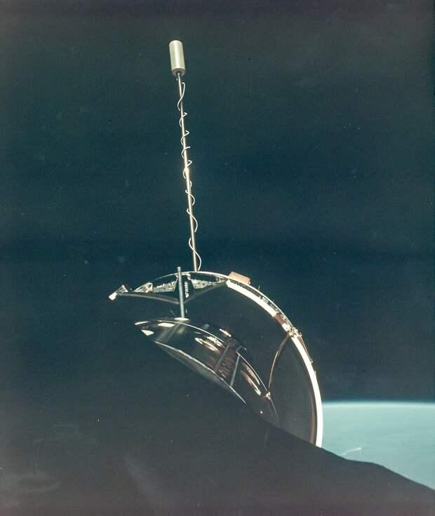 1966, июль. Стыковка на орбите. Джимини-10 и «Аджена-X»