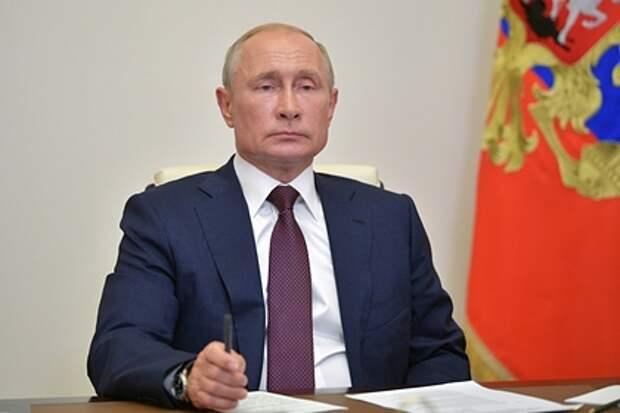 В Госдуме порассуждали о «титуле в веках» для Путина