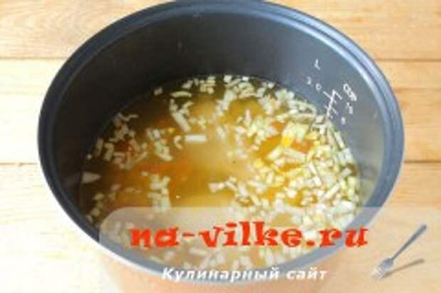 Куриный суп с овсянкой в мультиварке