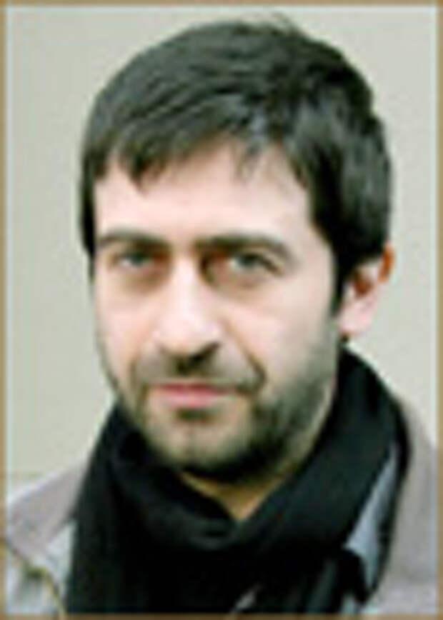 Эмин Альпер