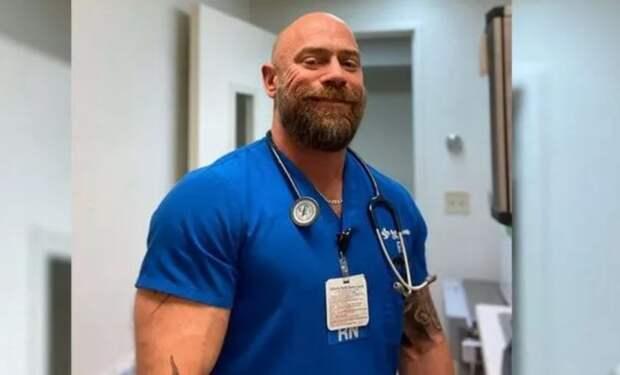 Бодибилдер-гей заболел коронавирусом иза6 недель потерял 23кг