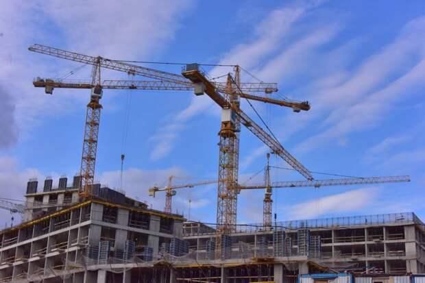 На Верхних Полях завершено строительство первого корпуса ЖК «Тополя»
