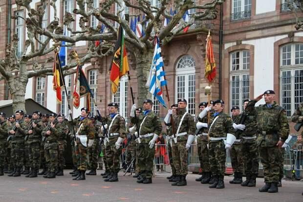 Дубликат НАТО: почему европейцы не создадут свой военный союз
