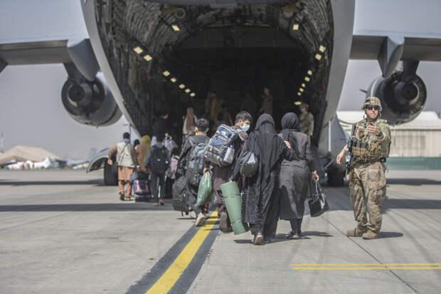 Уход Байдена из Афганистана: последствия для США и России
