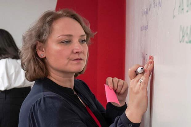 Передачу вертолета «Актай» сети «Детский город «КидСпейс» подтвердила ее руководитель Елена Тихонова