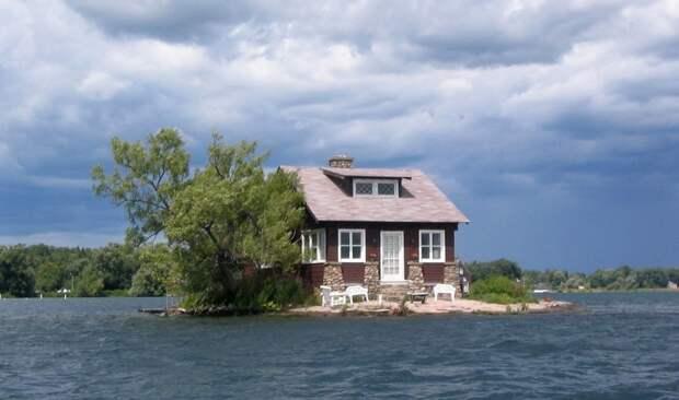 lonelyhouses14