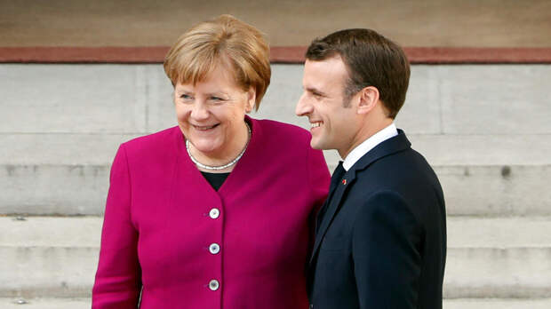 Макрон и Меркель признали важность нормандского формата