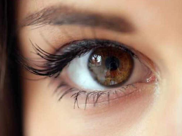 10 занимательных фактов про энергетику людей с черными и карими глазами