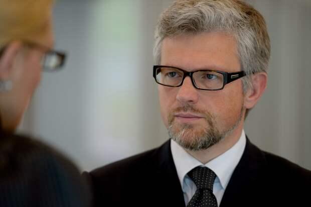 «Проявление отчаяния»: почему посол Украины напомнил ФРГ о Второй мировой в полемике о членстве Киева в НАТО