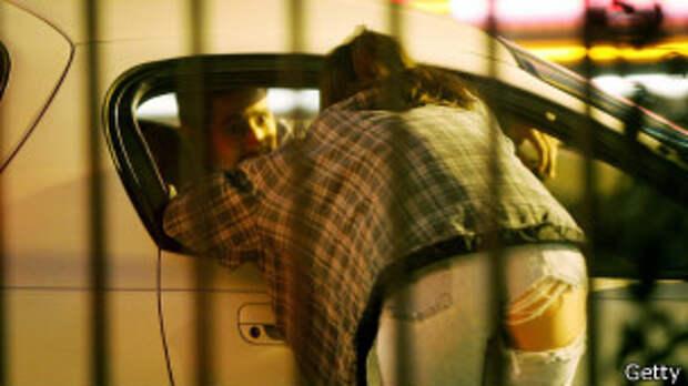Проститутка договаривается