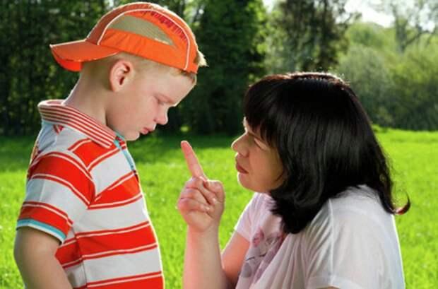 Восемь ошибок в воспитании мальчиков, которые допускают все мамы