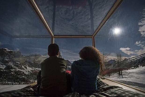 Вместо палатки: вагончик-сани для самых романтических ночей