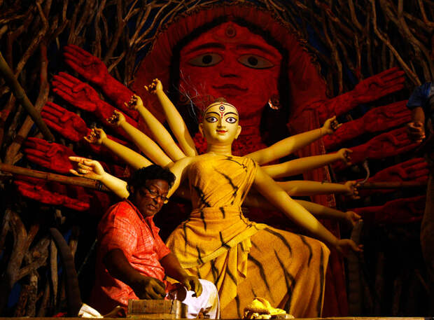 В Индии празднуют праздник гневливой и кровожадной покровительницы женщин