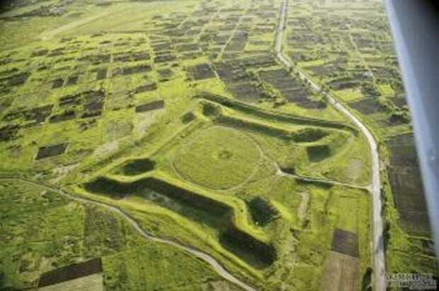 В Харьковской области фермер уничтожил крепость 18 века