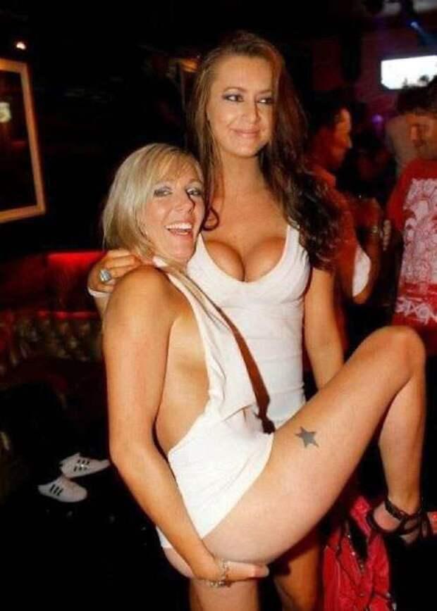 Американские девушки в пьяном угаре.