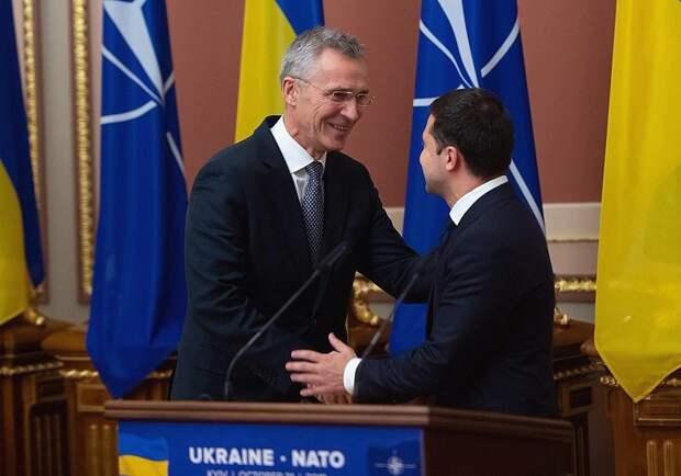 НАТО предоставила Украине статус партнера расширенных возможностей