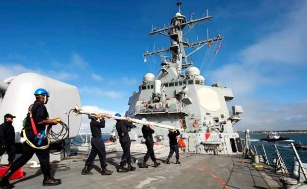 Радар эсминца США вышел из строя по неизвестным причинам в Черном море