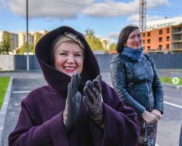 «Это наша общая победа! Спасибо за понимание»: Дольщики еще одного долгостроя в Ленинградской области получили ключи от новых квартир