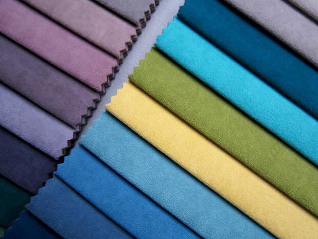 Сравниваем мебельные ткани велюр и флок - что лучше для обивки дивана