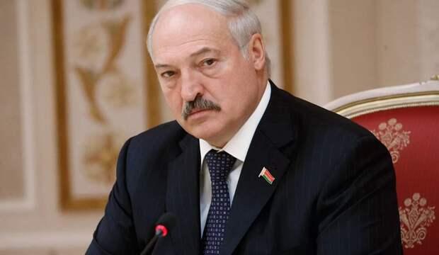 Эксперт: Признания России и Китая достаточно для Лукашенко
