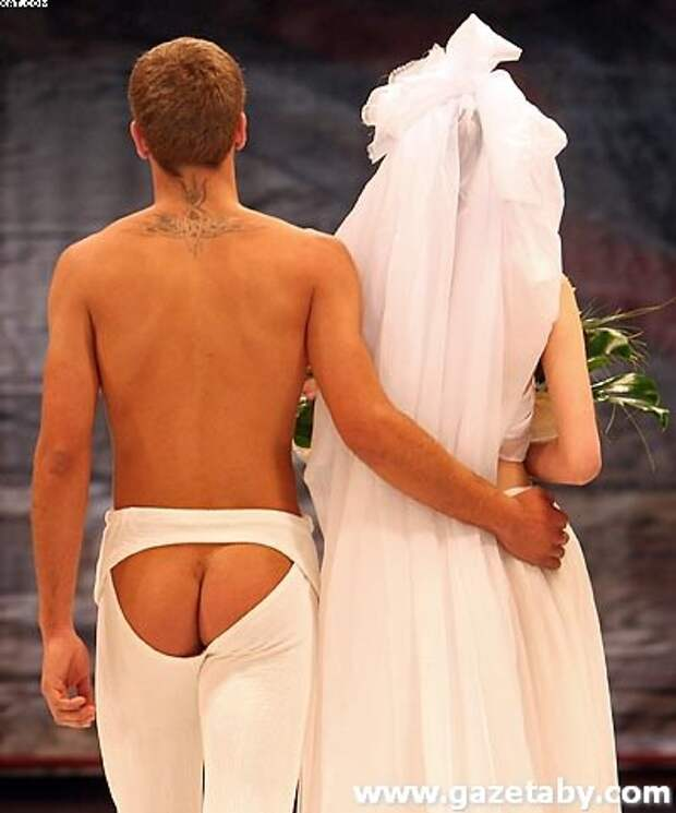И жених под стать мода, платья, прикол, свадьба