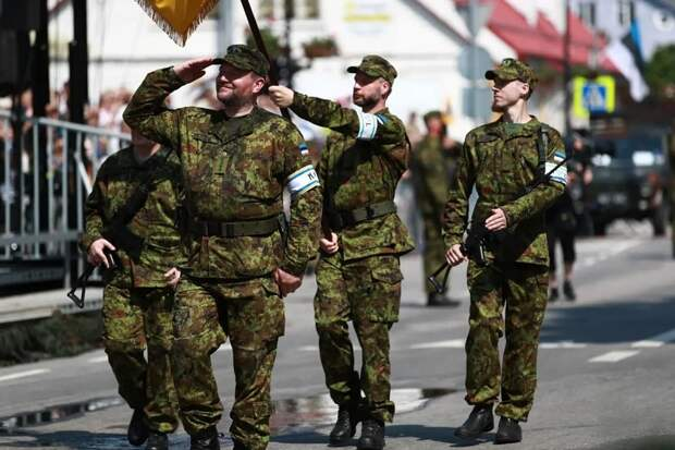 В Эстонии прошел парад Дня победы