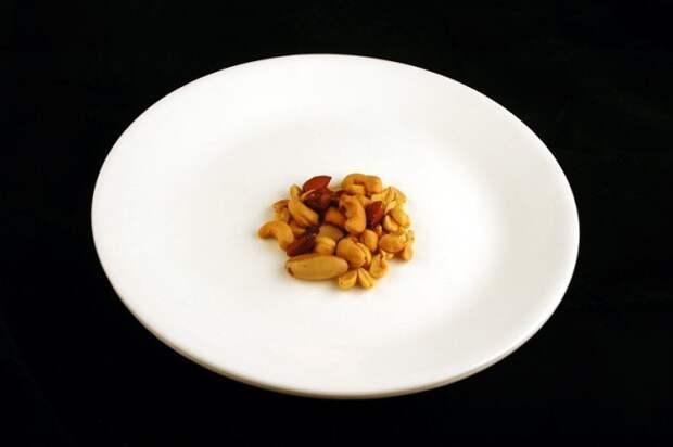 Ореховый микс соленый — 33 г диета, еда, калории