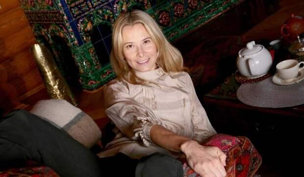 Неожиданное признание Юлии Высоцкой: Не хочу иметь ничего общего с этим миром