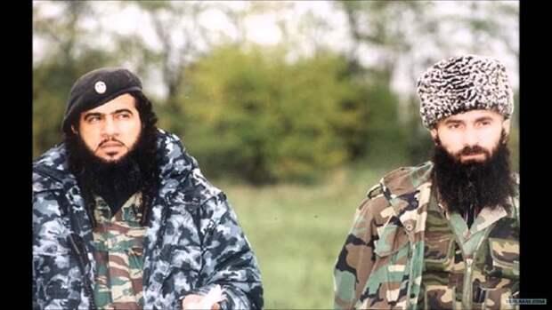Хаттаб и Шамиль Басаев - два главаря боевиков.