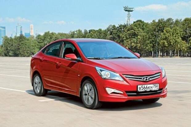 2. Hyundai Solaris 1.6 AT Comfort — 660 900 руб.