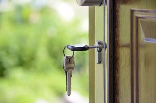 Севастопольцу нужно копить 13 лет, чтобы купить двухкомнатную квартиру