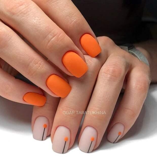 рыжие ногти
