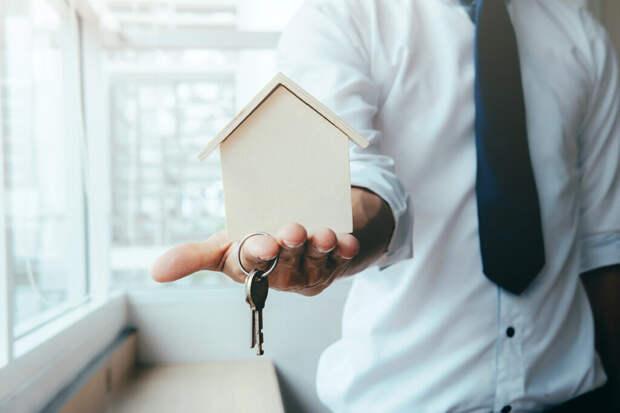 Подросток обманул застройщика и бесплатно получил квартиру в Москве