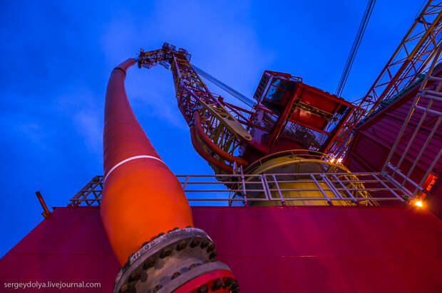 Как добывают первую арктическую нефть