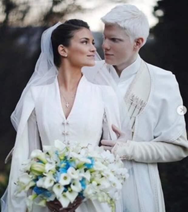 Красота этой грузинской пары восхитила мир. Как выглядит их 6-месячный сын (новые фото)