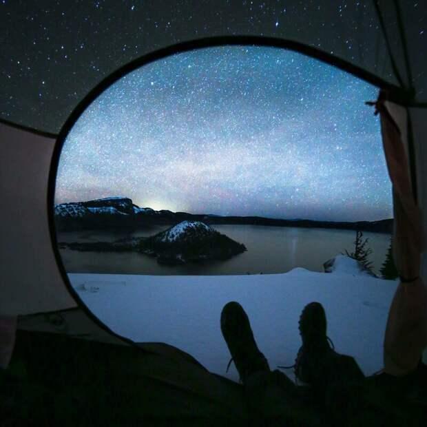 Еще один кайф такого отдыха - это возможность рассмотреть звездное небо. альпинизм, горы, зима, палатка, пейзаж, рассвет, снег, туризм