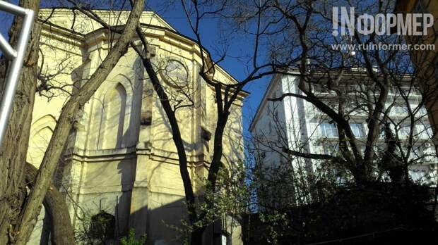Критические прогулки по историческому центру Севастополя (фото)
