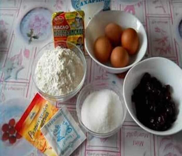 Как приготовить венский пирог с вишней — рецепт с фото
