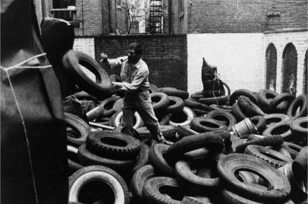 Аллан Капроу: Ярд, 1961 год. \ Фото: glasstire.com.