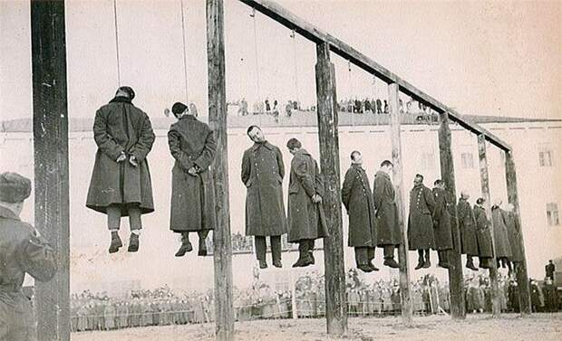 Суд над коллаборационистами. Киев.