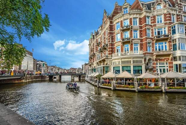 В Нидерландах напечатали мост на 3D-принтере