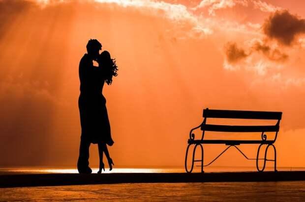 Счастье в браке: 3 пары знаков зодиака, которым не суждено развестись