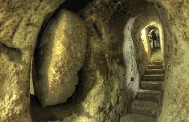 Подземный город Деринкую.