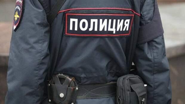 В Москве пьяная девица за рулем не разминулась с семью машинами