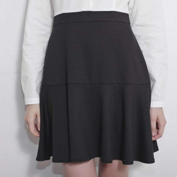 Перешиваем юбку в платье и школьную форму