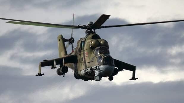Летчики ВВО отработали ночные полеты на вертолетах Ми-8 и Ми-24 в Забайкальском крае