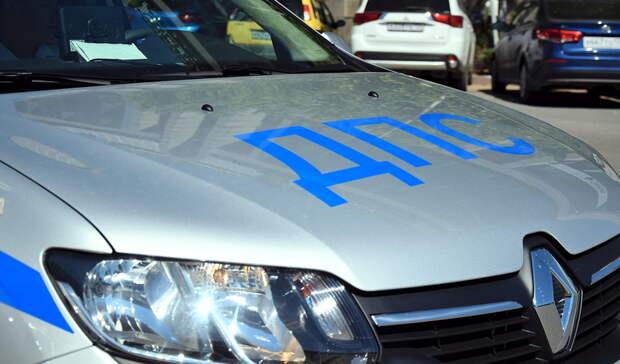 Уходивший от ДПС водитель в Бузулуке протаранил патрульную машину