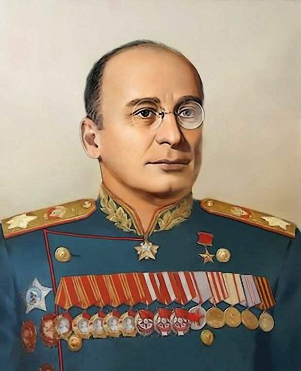 Берия был верным соратником Сталина, за это и был застрелен сефардами